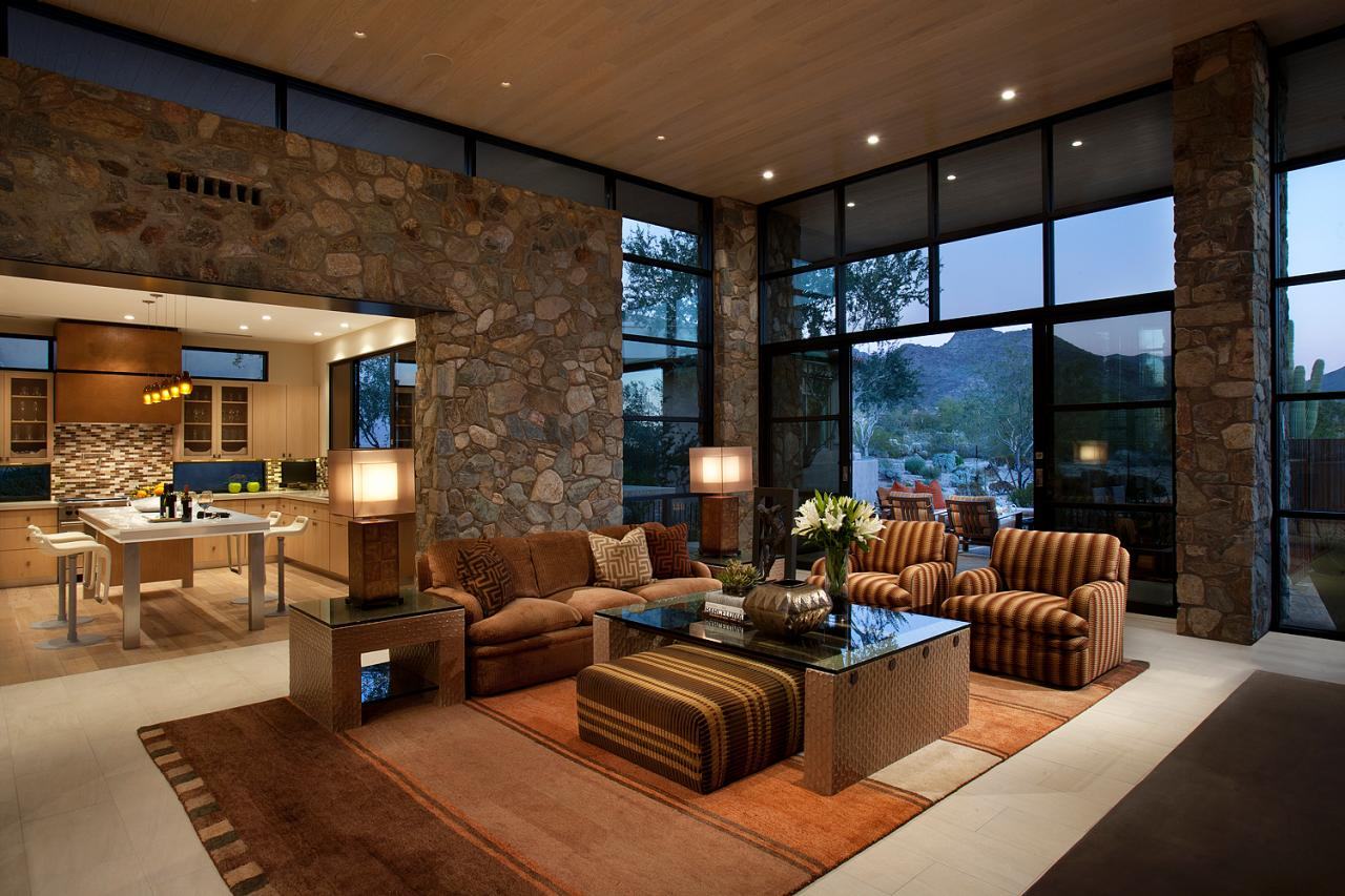 A photo of a handsome contemporary home in Albuquerque's foothills