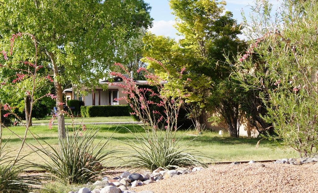 The Pueblo Alto Neighborhood of Albuquerque